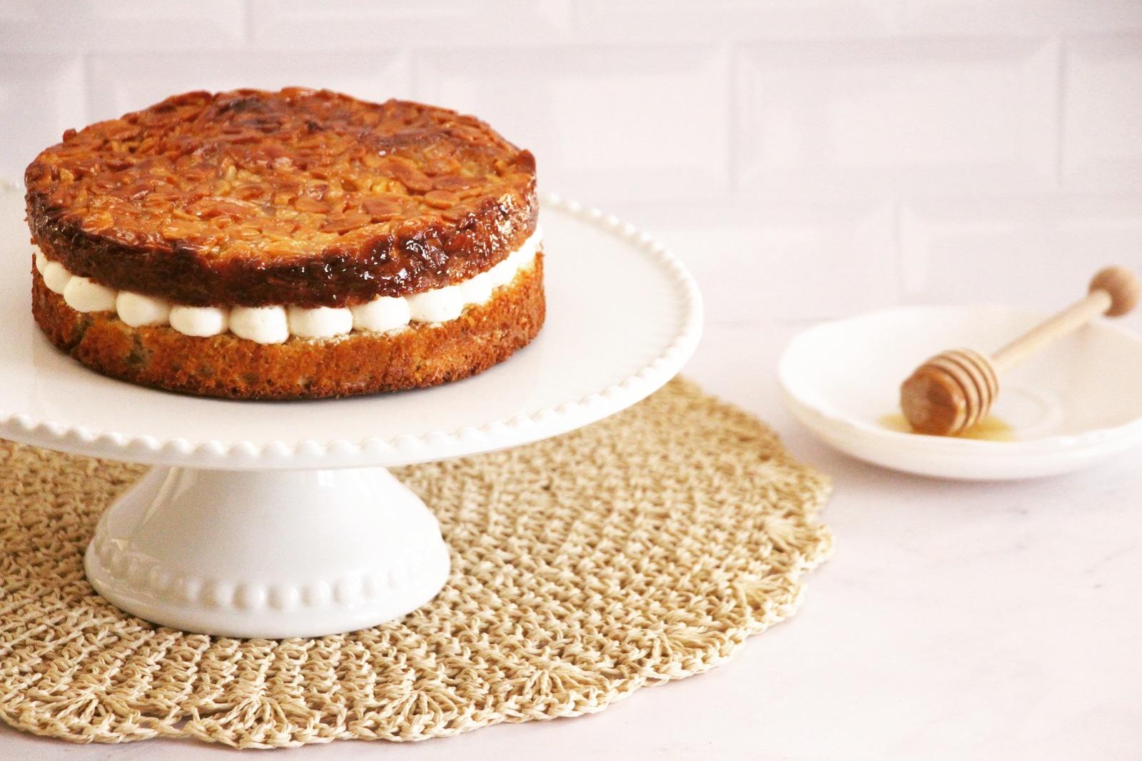 עוגת עקיצת הדבורה טבעונית